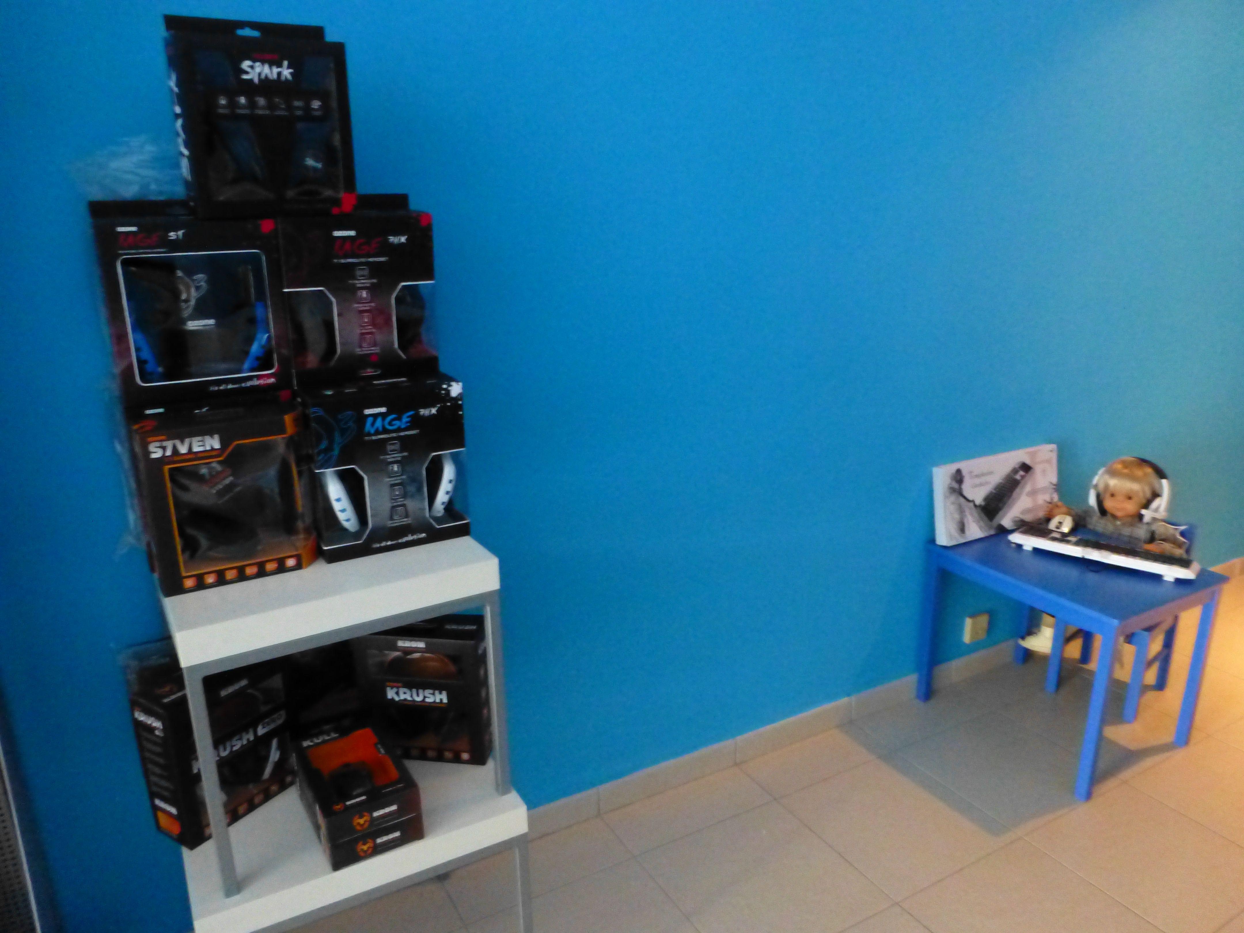 Pin de NewHomePC en Tienda Física New Home PC Interiores