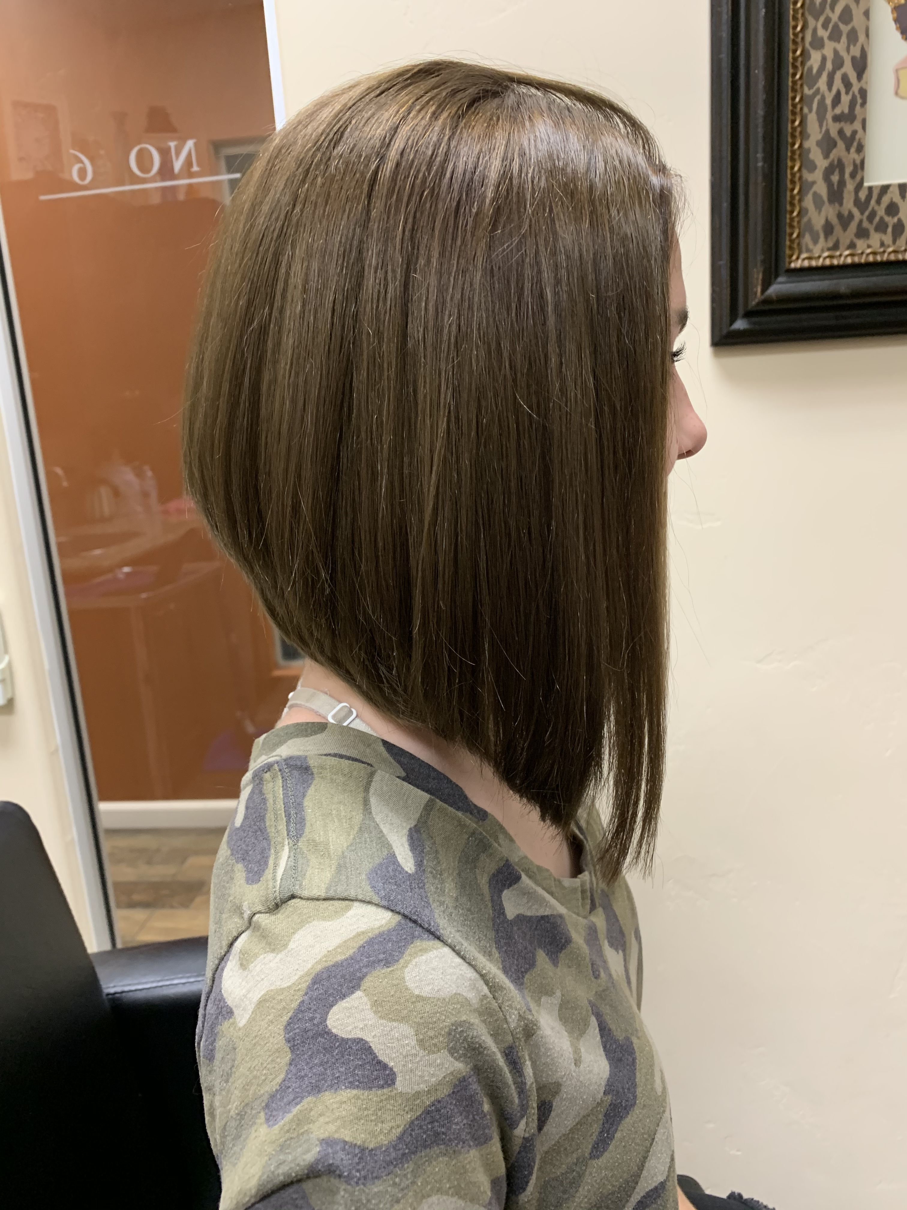 Aline bob | Aline haircuts, Aline bob, Bob hairstyles