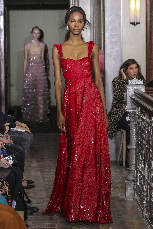 Valentino Pre-Fall 2017 Fashion Show | 3027 Dresses! | Pinterest ...