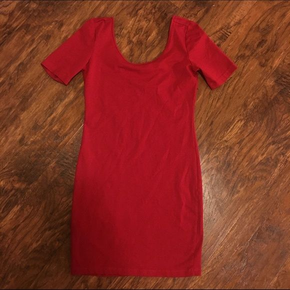 F21 red body con dress Brand new with out tags! Forever 21 Dresses Midi