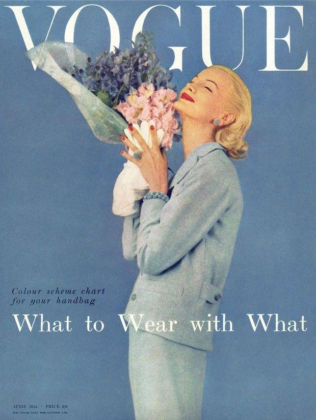 Photo of Die britische Vogue bringt ein Buch heraus um ein Jahrhundert Geschichte zu fei