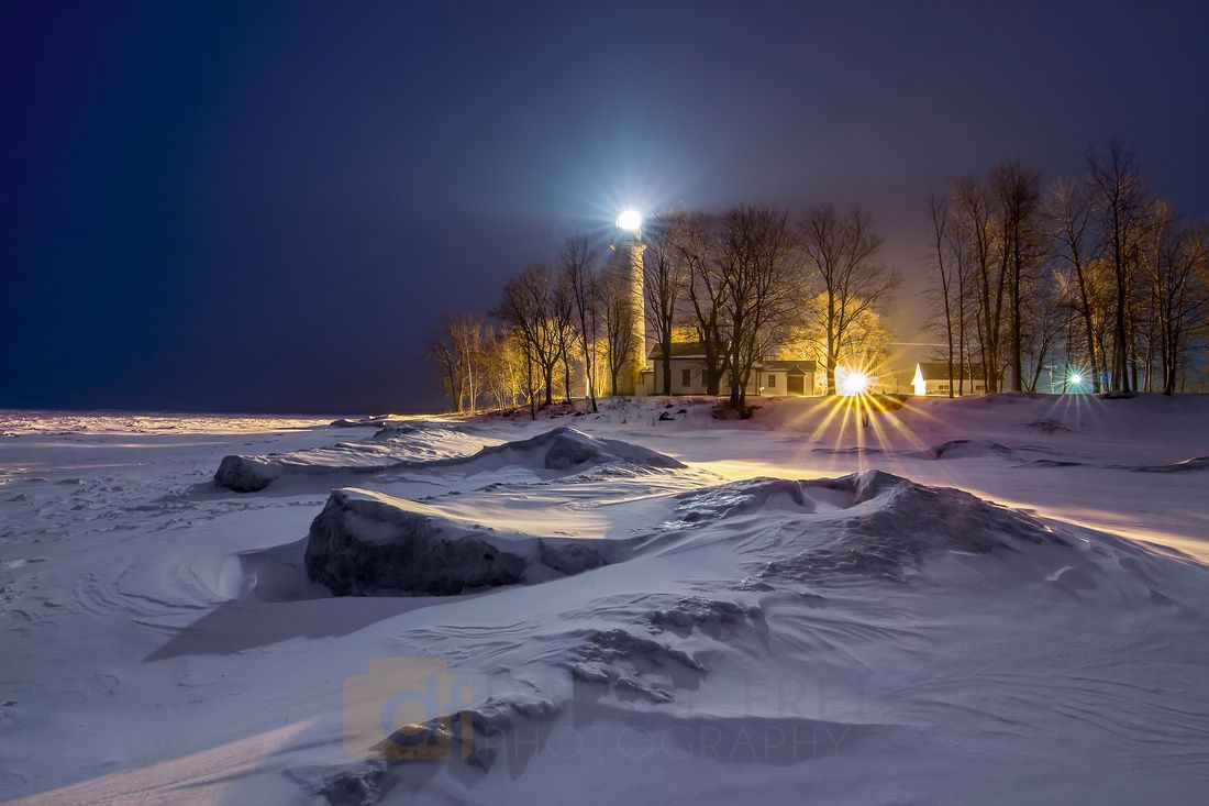 Snowy Pointe aux Barques at night | Daniel Frei Photography