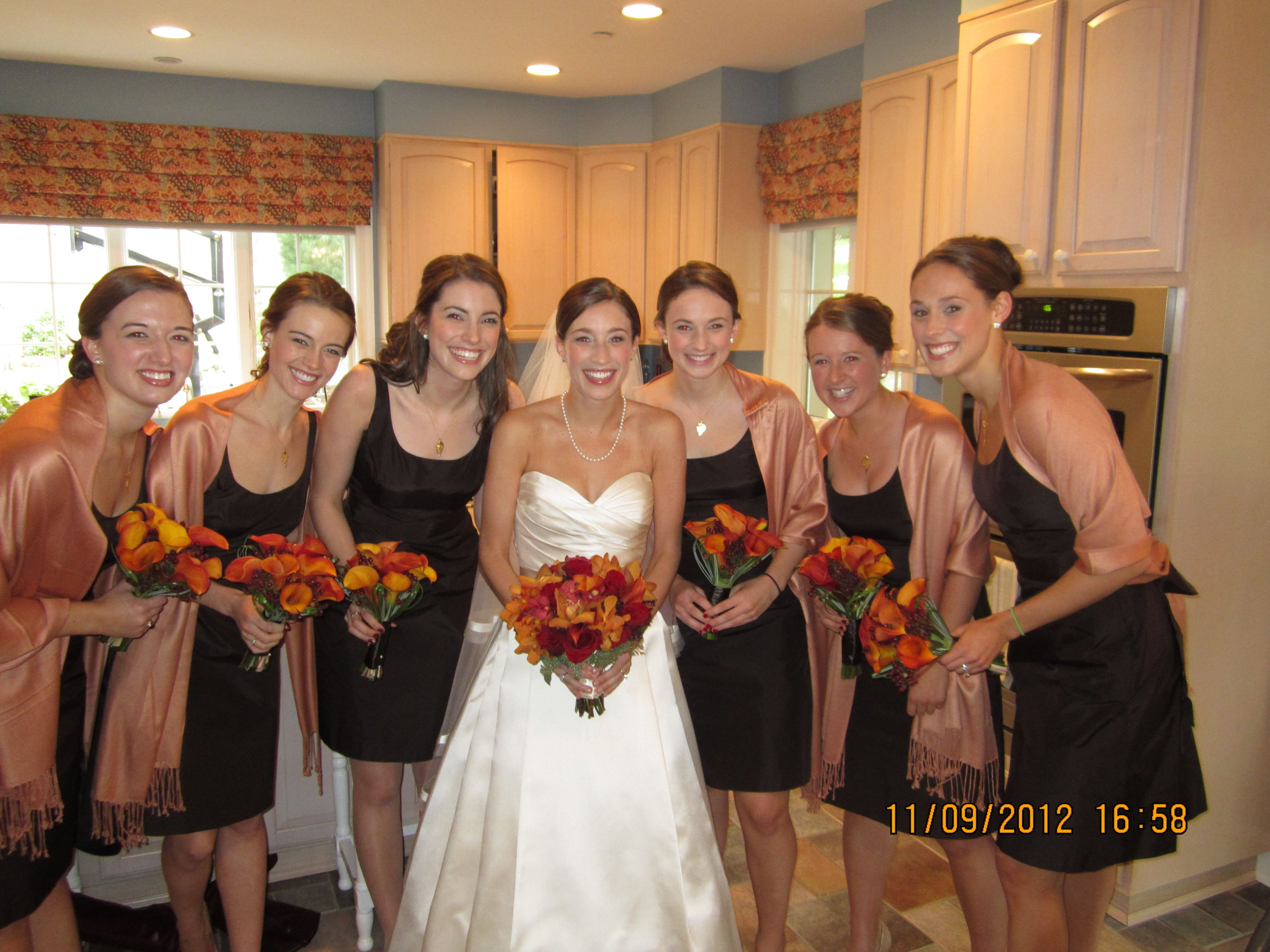 Brown bridesmaid dress white wedding dress fall bouquet fall brown bridesmaid dress white wedding dress fall bouquet fall wedding red bouquet ombrellifo Images