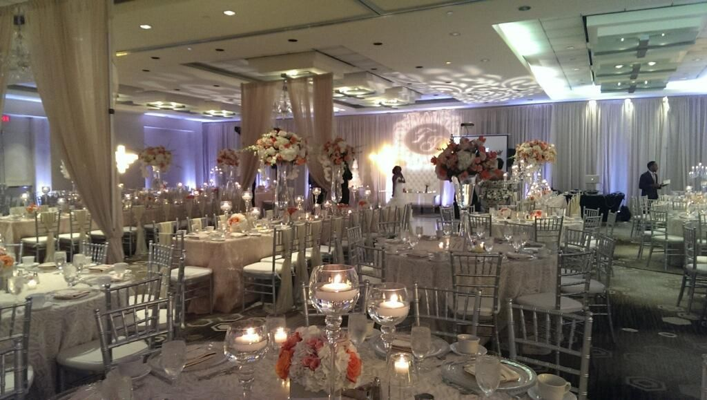 Beautiful Wedding At Hotel Derek In Houston Texas