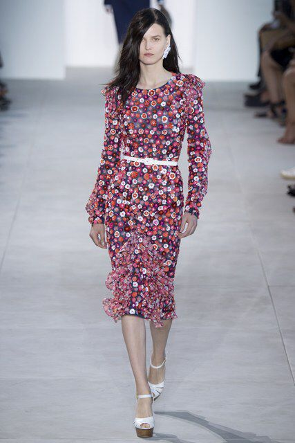 e527aa724f26 Michael Kors Collection Spring 2017 Ready-to-Wear Fashion Show ...