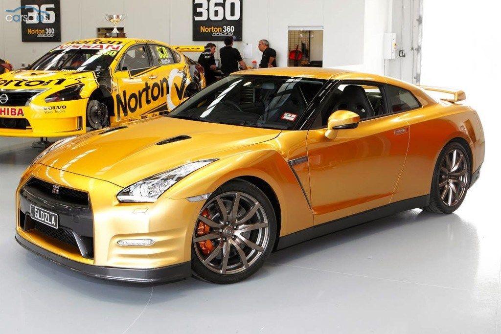 Goldzilla Nissan GTR arrives in Oz Nissan gtr, Nissan, Gtr