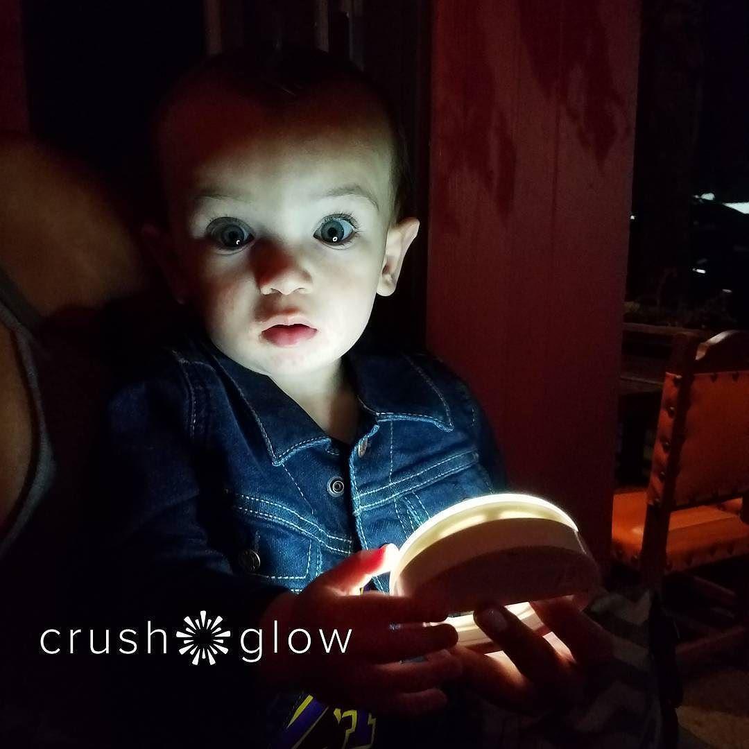 @lilcaptainswayden loving his Crush Glow Selfie Light