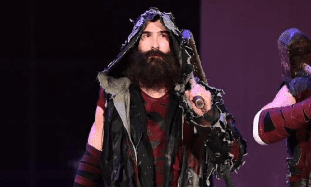 Luke Harper Appears To Be Unhappy About His Spot In Wwe Wrestling News Wrestling News Wwe Wwe News