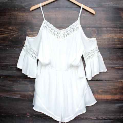 This gypsy warrior romper by wilde heart x madison square clothing is everything you've ever dreamed of and more. Gauzy woven cotton swings from adjustable spaghetti straps to short cold-shoulder slee
