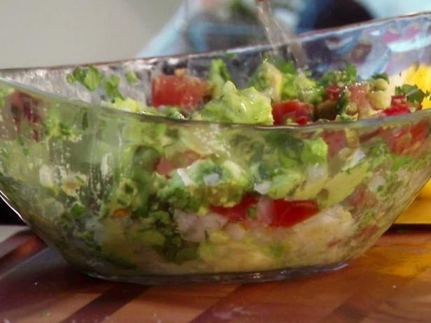 Evas chunky guacamole recipe chunky guacamole recipe guacamole evas chunky guacamole chunky guacamole recipepizza nachosnacho tacofood networkeasy forumfinder Gallery