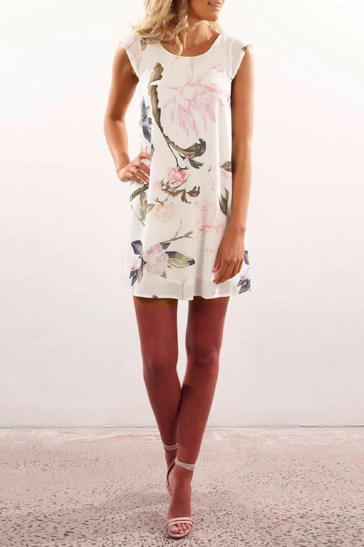b3eb64235a4 Floral Printed Chiffon Party Cocktail Dress. Find more cute BOHO style  dresses and fashion at
