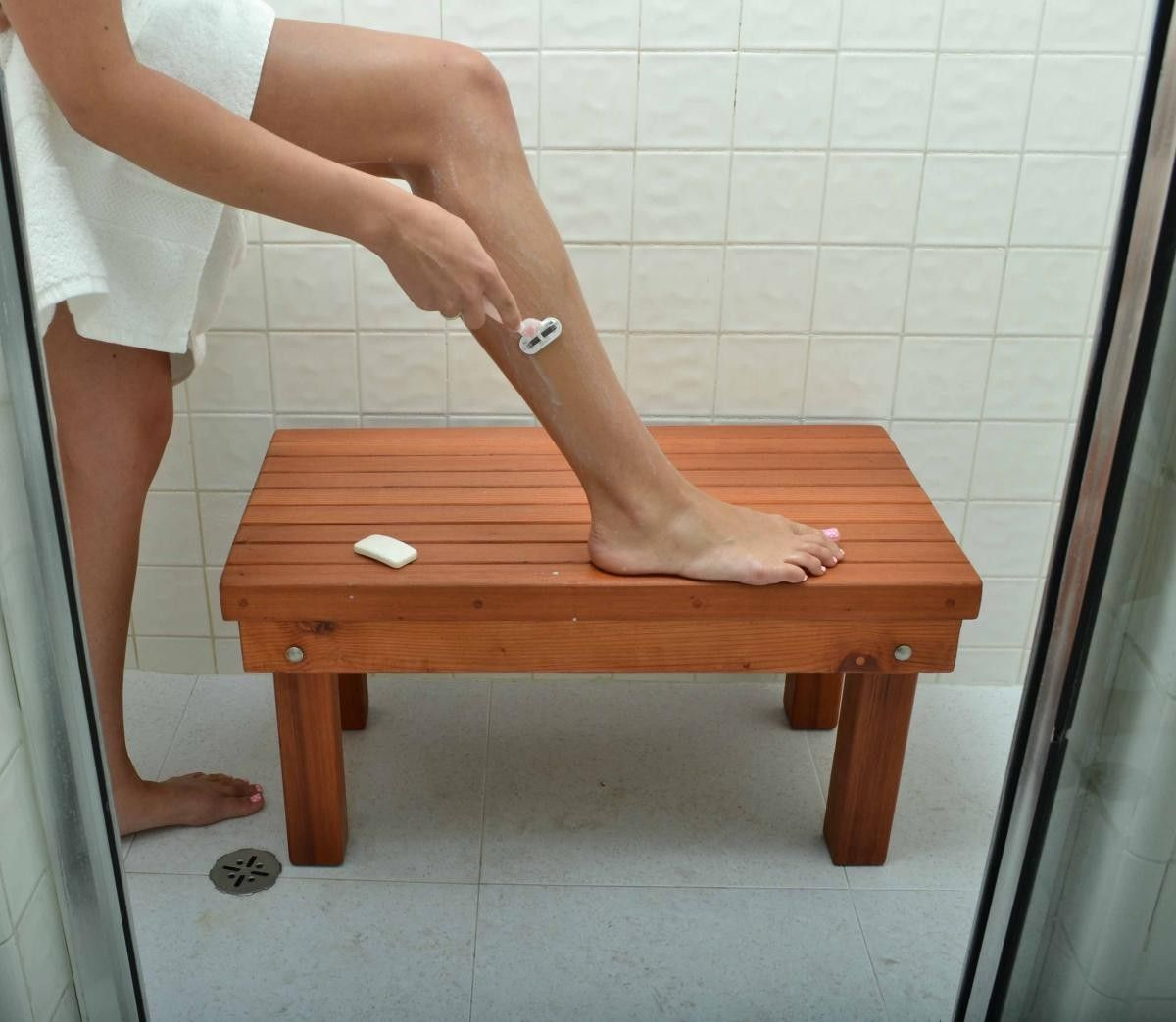 Patio Wood Shower Bench - Wood Shower Benches | Forever Redwood. Can ...
