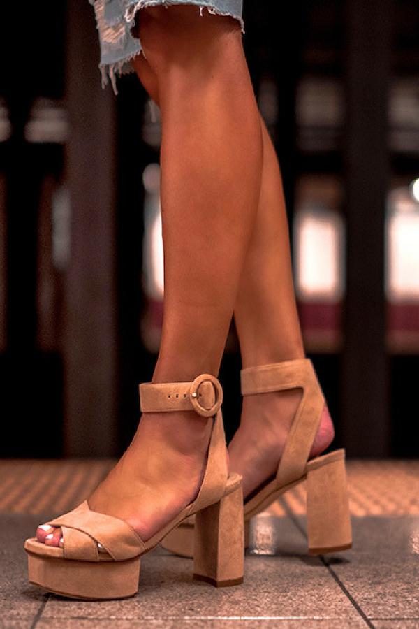 0ae24b4484b3 Hot Shoe Alert  Stuart Weitzman Carmina Platform Sandals Review ...