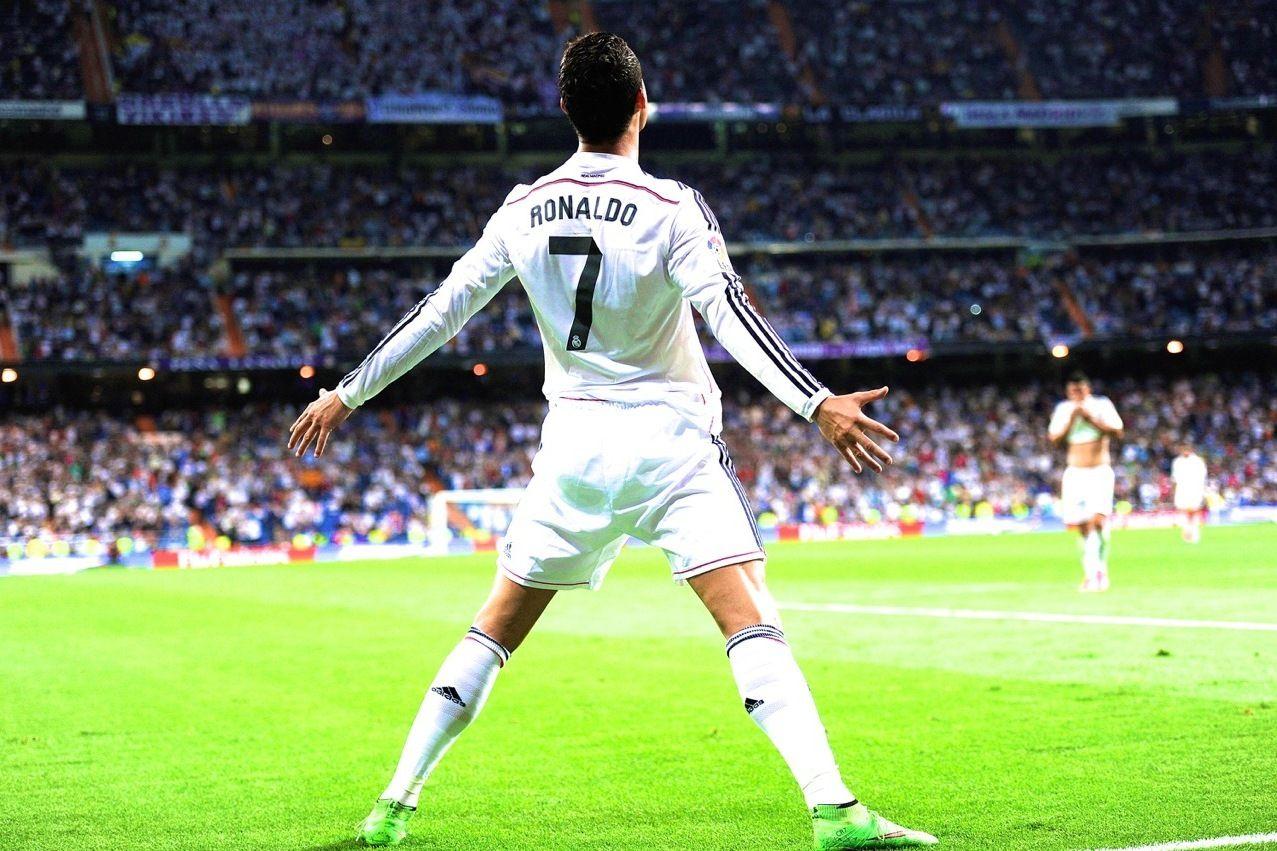 Jumping Celebration Cristiano Ronaldo Real Madrid 2014: Ronaldo Happy Jump - Hledat Googlem