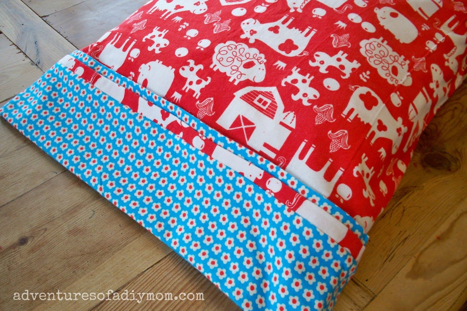 Making Pillowcases Fair How To Make An Easy Rolled Pillowcase With Only 3 Seams  Easy Design Inspiration