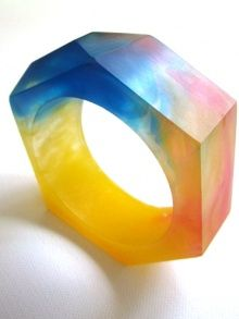 The rainbow resin bangle
