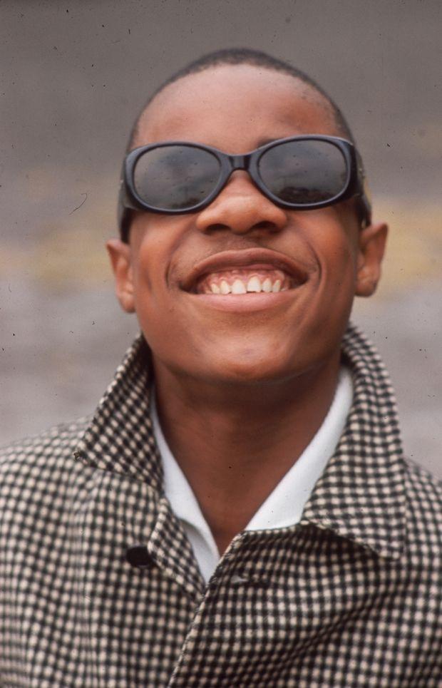 The Effortless Cool Of Stevie Wonder | Stevie wonder ...
