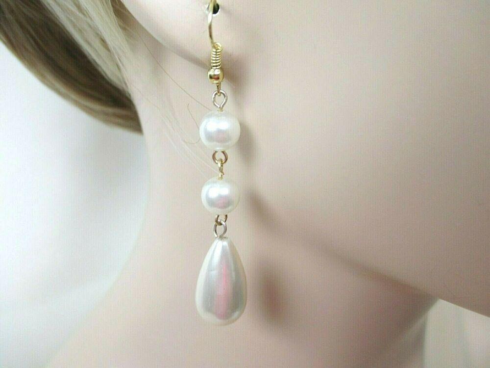 Pearl effect dangle drop earrings