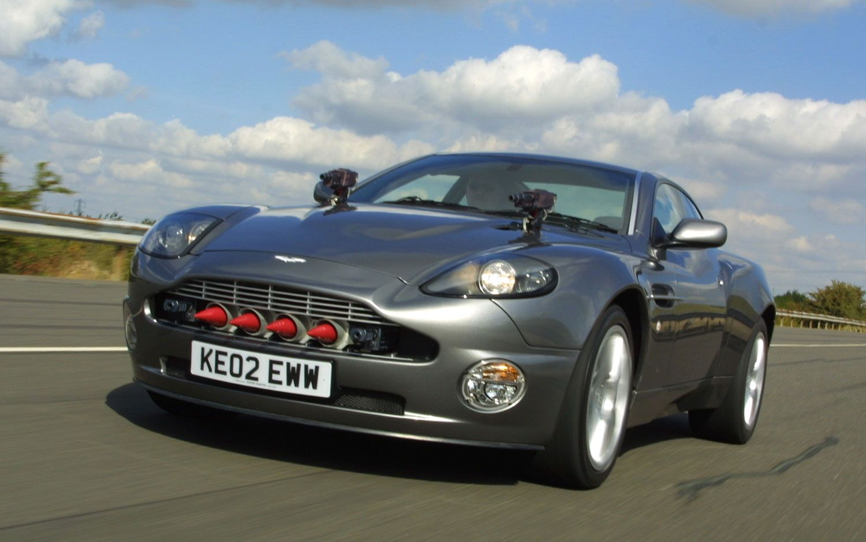 "aston martin v12 vanquish ""007 die another day"" '2002 | car"