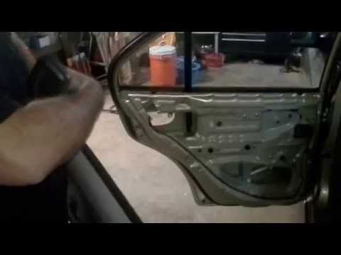 Hyundai Accent Door Handle Replacement Fix Hyundai Accent Front Door Handles Accent Doors