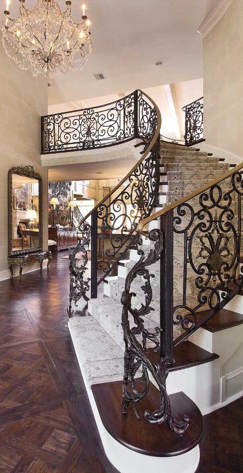Old World, Mediterranean, Italian, Spanish & Tuscan Homes & Decor #spanishthings