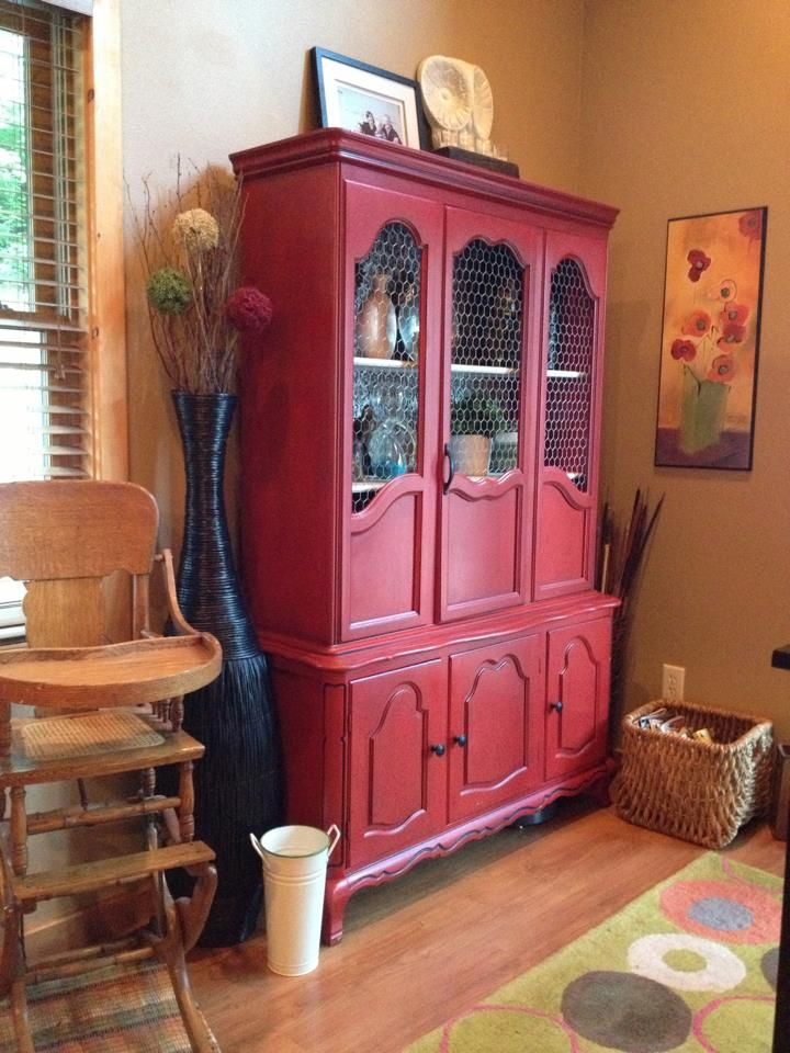 Hutch with chicken wire - can update my china cabinet to this sort ...