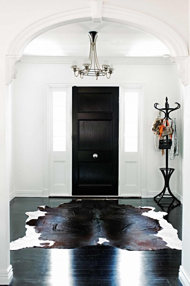 Black White Entry Cow Hide Rug Coat Stand Chelsea De Luca Cowhiderugs Modern Carpets Design