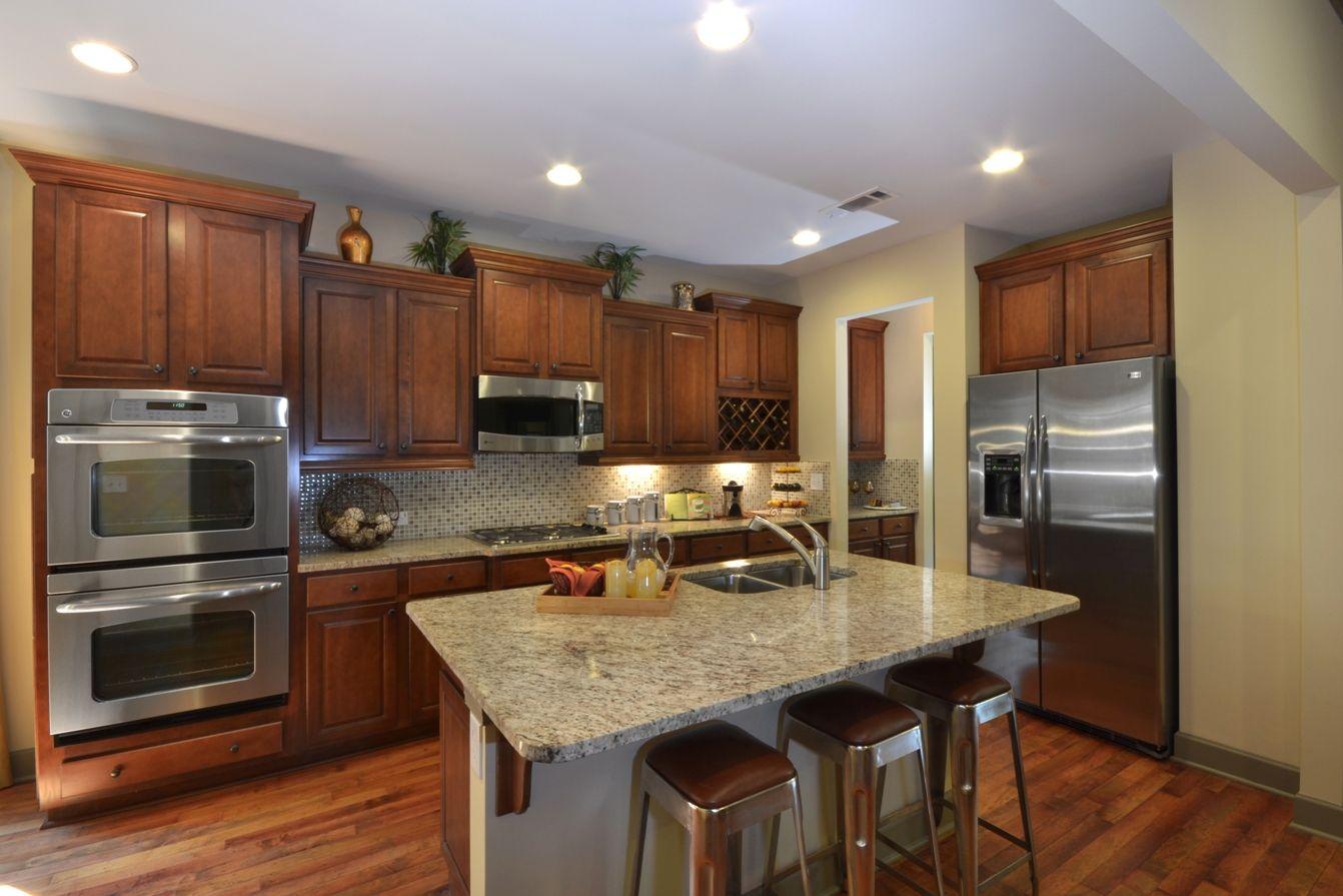 Hickory Kitchen | Kitchen models, Hickory kitchen, New ...