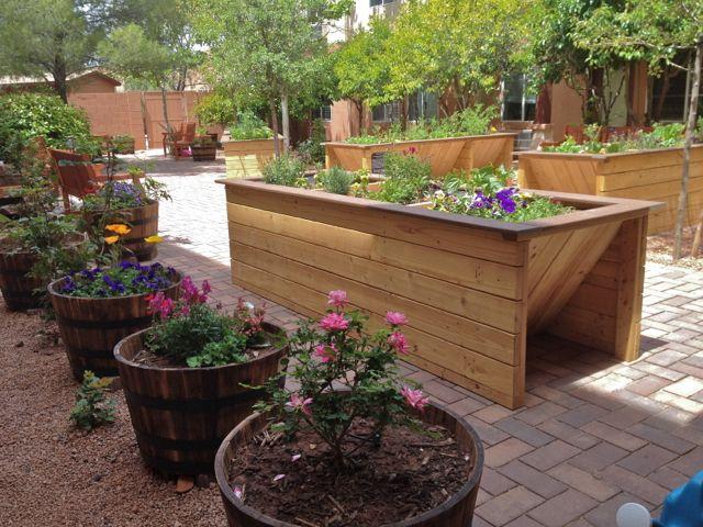 Wheelchair Accessible Gardens By Gardens For Humanityuniversal Design Style Sensory Garden Healing Garden Raised Garden