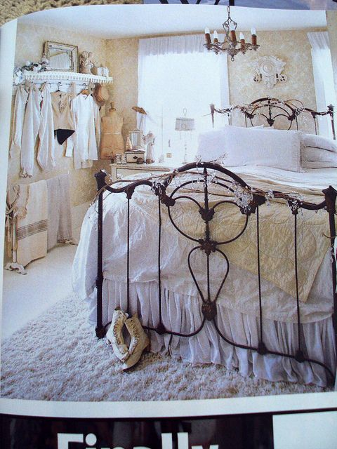 I Want A Simple Black Wrought Iron Headboard Like This For My Bed