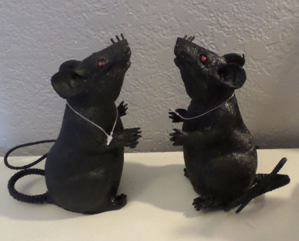 2 Black Squeaky Rats Mice Mouse Red Eyes Curly Tails Halloween Rodents Props New Squeaky Mouse Rat Rodents