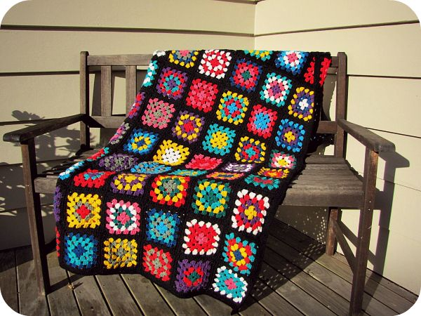 Knitting Granny Square Blanket : Paisleyjade black edged retro granny square blanket