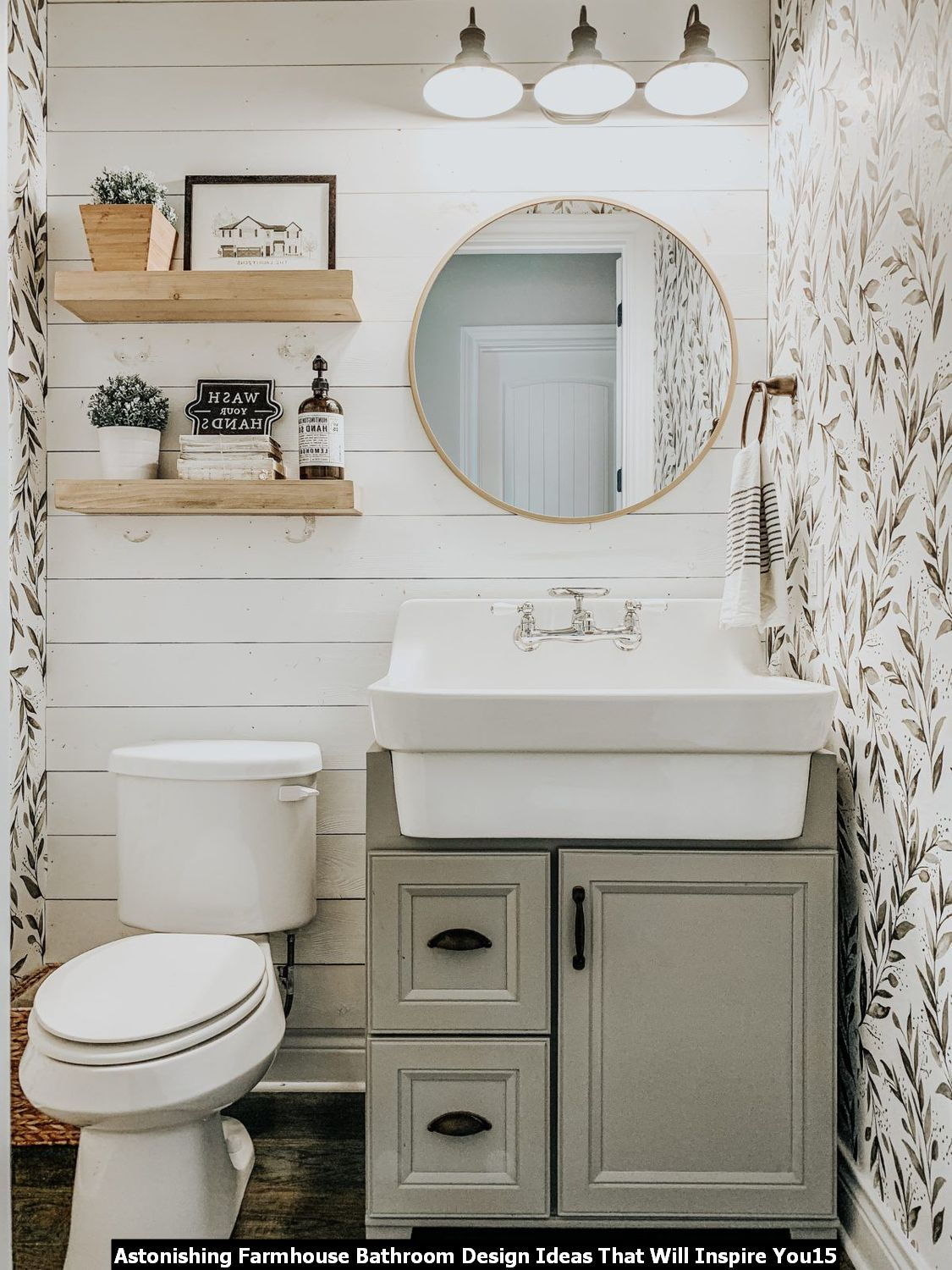 Diy 20 Astonishing Farmhouse Bathroom Design Ideas That Will Inspire You In 2020 Bathroom Remodel Designs Minimalist Home Decor Guest Bathroom Design