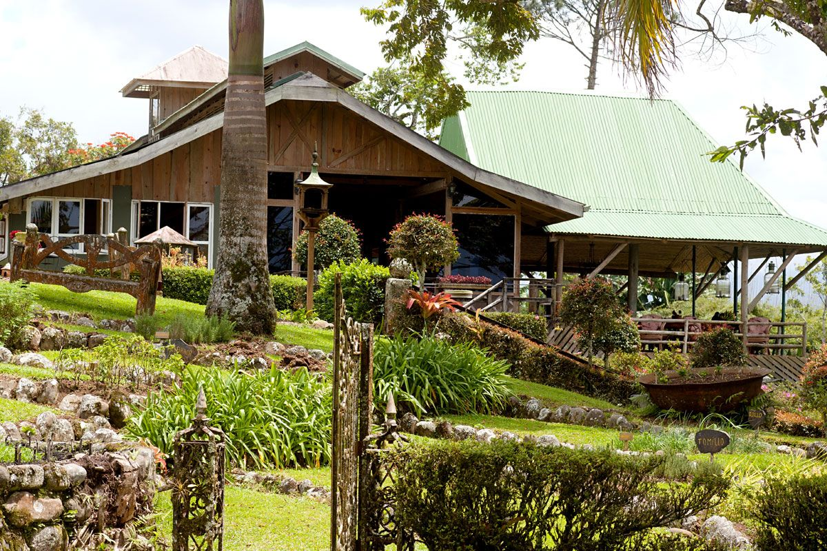 Turrialba turrialba volcano hotel in turrialba costa rica hacienda pacuare hotel