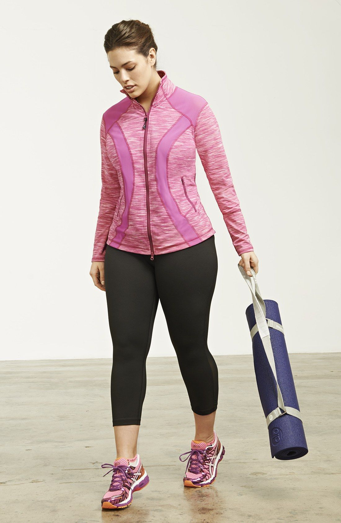 Zella Jacket & Capri Leggings | Nordstrom | Plus Size Fashion 웃 ...
