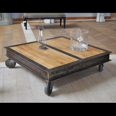 Table Basse Carree Style Industriel Fer Patine Bois Monte Sur 4 Roulettes Table Basse Style Industriel Table Basse Table Basse Bois