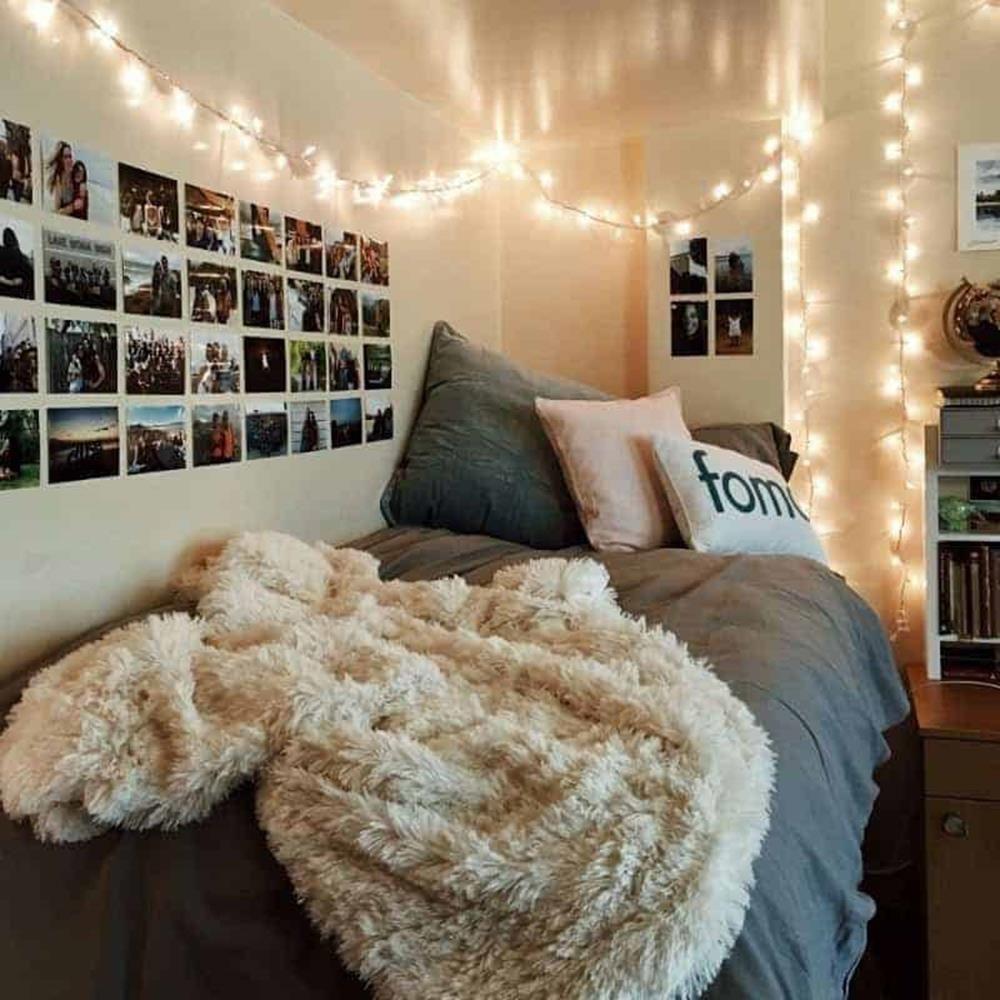 Cozy Minimalist Dorm Room Decor Ideas Craft And Home Ideas Dorm Room Designs College Dorm Room Decor Dorm Room Inspiration