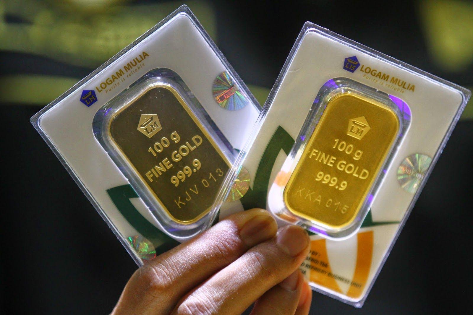 Menilik Harga Emas Batangan Antam Di Pegadaian Sebelum Berinvestasi Gold Bullion Bars Gold Investments Computer Wallpaper Desktop Wallpapers