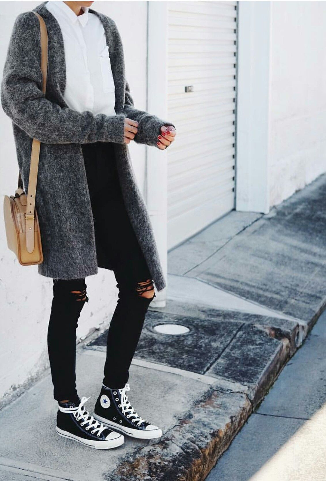 Cool outfit for a windy day | outfit inspiration | mesh up your life | silver | Pinterest ...