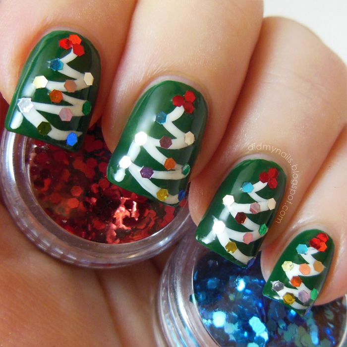 Cheerful and Colorful Christmas Themed Nail Art Design from The Nailasaurus - Easy DIY Glequin Christmas Tree Nail Art Design Idea in Green ...