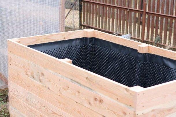 einfaches hochbeet selber bauen noppenbahn parzelle. Black Bedroom Furniture Sets. Home Design Ideas