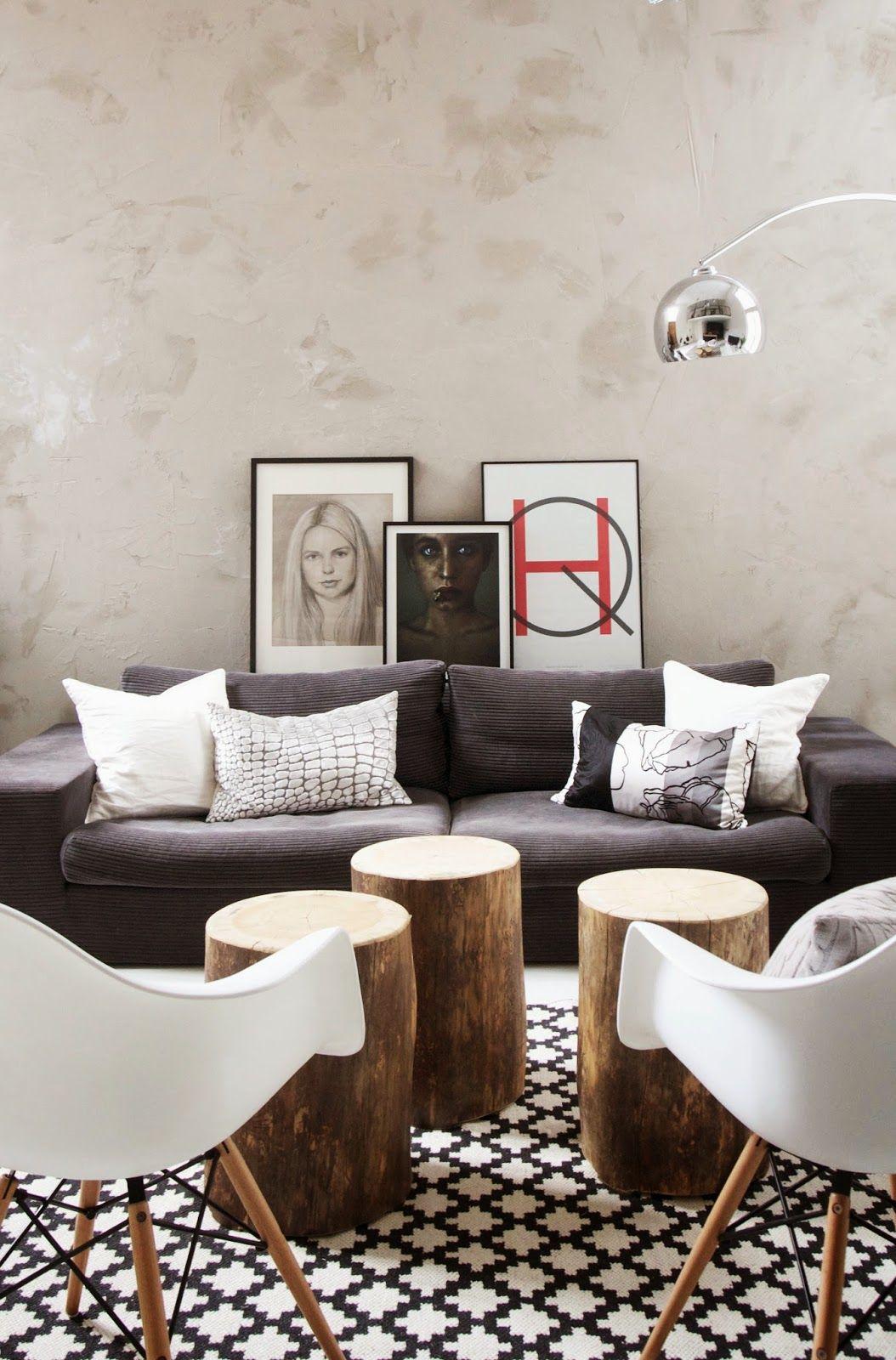 Inspiratie: Mooie woonkamer in grijstinten, gecombineerd met hout en natuurlijke materialen