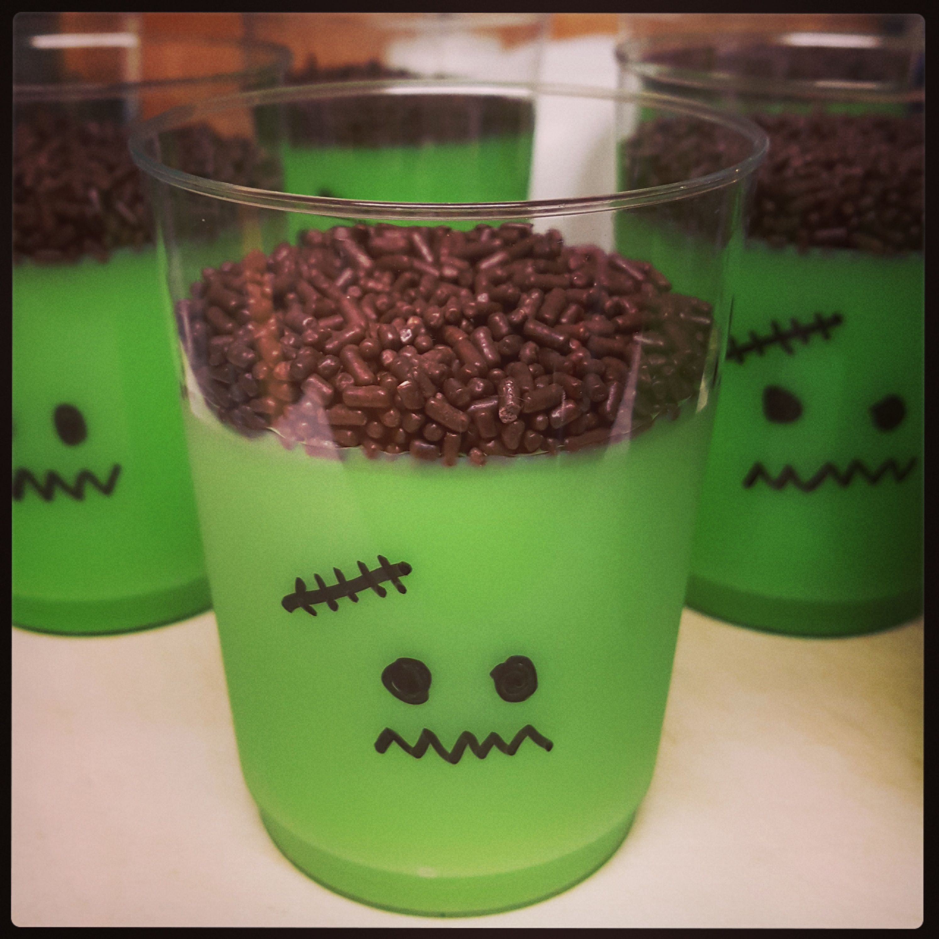 Frankenpudding - vanilla pudding with green food coloring and ...