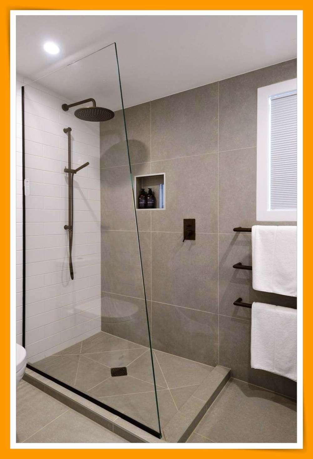 Beautiful Bathroom Decor Suggestions In 2020 Bathroom Design Small Bathroom Shower Walls Minimalist Small Bathrooms