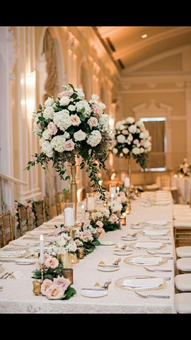 Pin By Klaudia On Dekoracje Slubne Floral Wedding Decorations Rose Gold Wedding Decor Gold Wedding Decorations