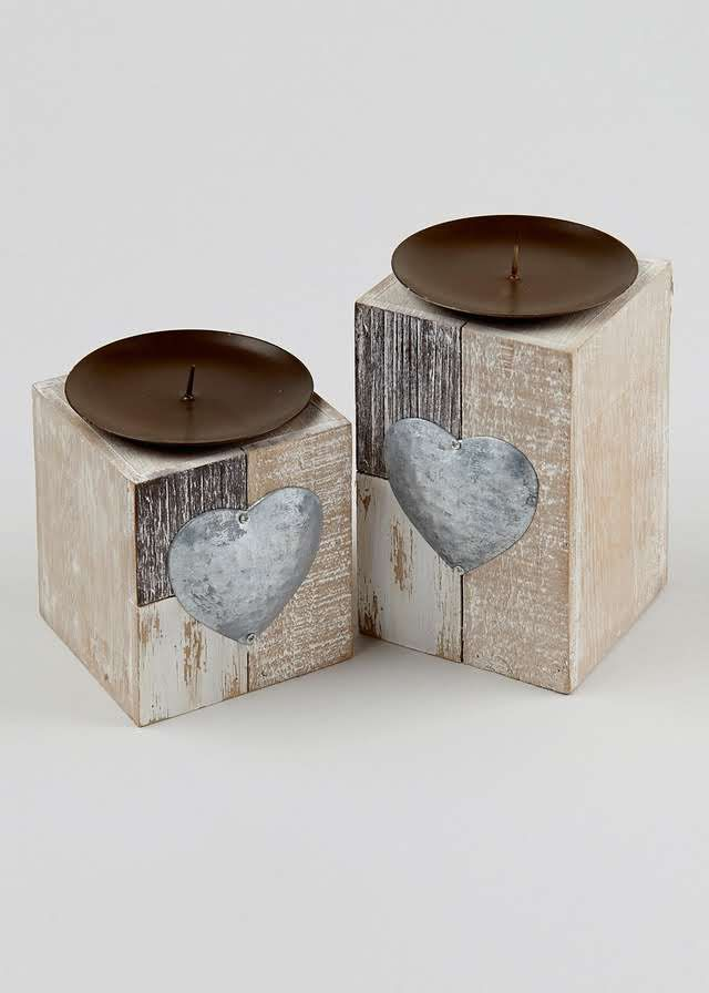 Set of 2 Metal Heart Candle Holders View 1