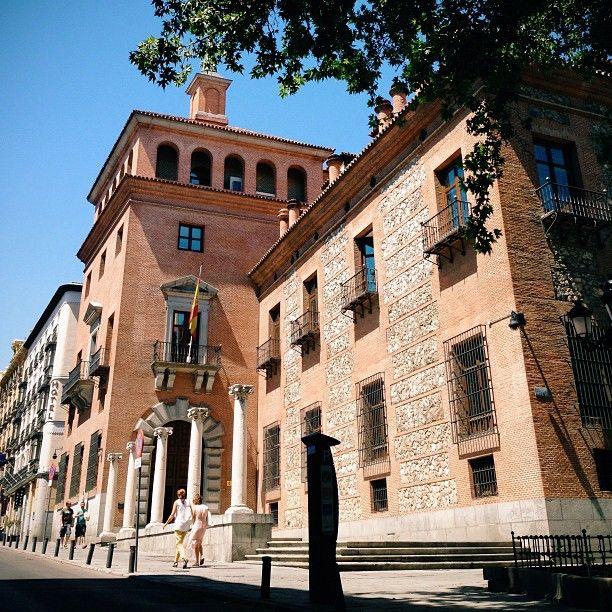 Pin En El Madrid Tenebroso