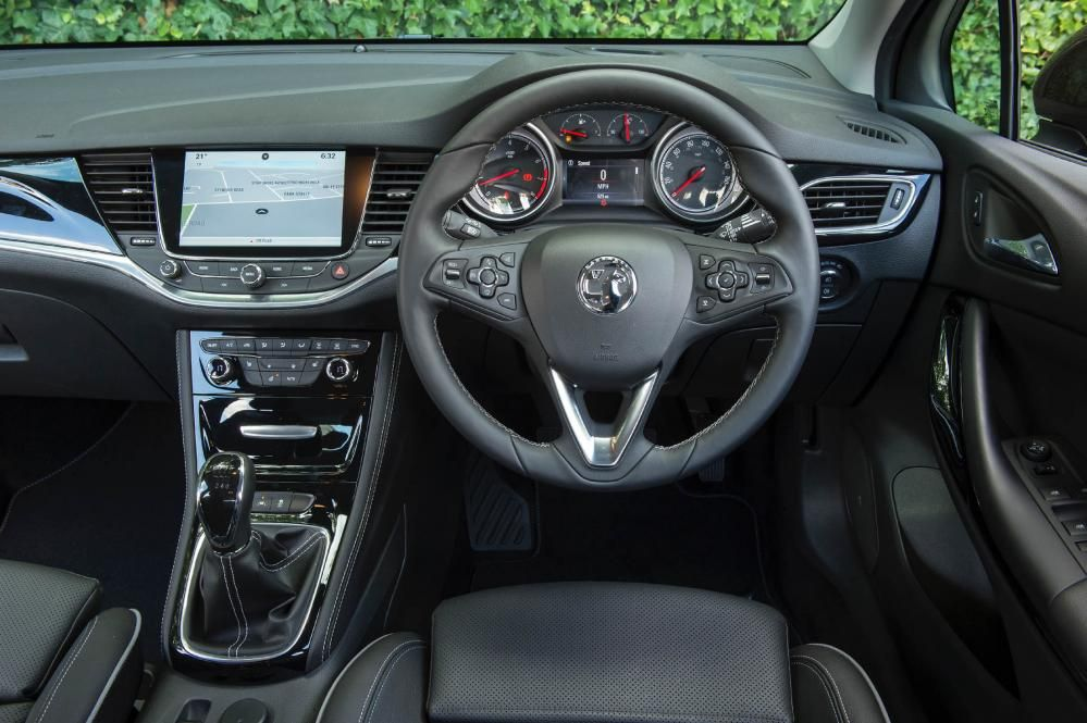 Vauxhall Astra Elite Nav 1.6i Turbo | Eurekar | Latest Car News ...
