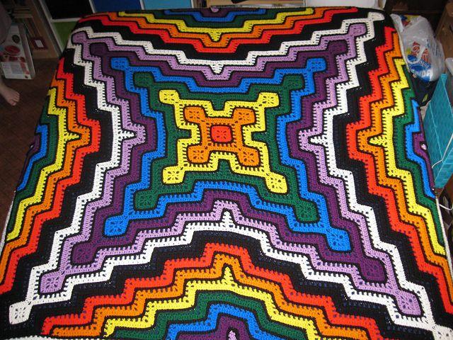 Ravelry: Square y el patrón de la manta ondulación por Sara Palacios ...