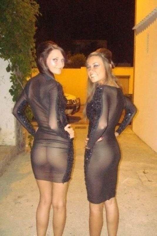 Женщины в платьях раком фото 71-640